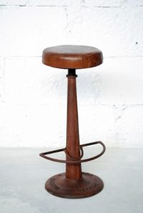exotique - SG-42 - scaun bar, fier forjat si piele, 37x33x95cm - 950ron (536x800)