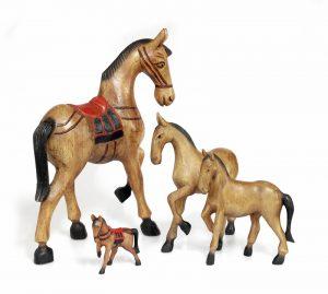 exotique - statuete din lemn cai - diverse marimi